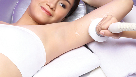 girl going through thermo magnetic pulse treatment in marie france